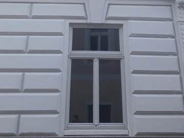 Historische Fenster mit modernem Fenstersystem