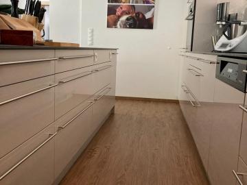 Schubladen sind perfekt, um Stauraum in der Küche effizient zu nutzen.