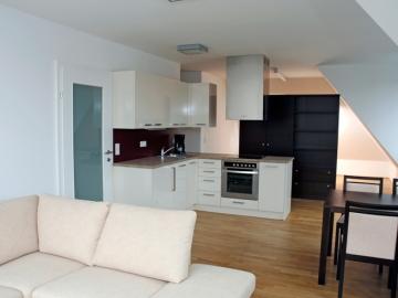Küche Küche mit Kunststoff-Fronten und Kunststoff-Arbeitsplatte