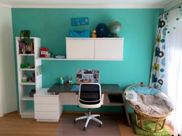 Schreibtisch-Regal-Kombination weiß lackiert, Schreibplatz aus Kunststoffarbeitsplatte